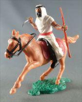 Timpo - Arabes - Cavalier blanc couteau & fusil pantalon noir ceinture rouge cheval galop court baie