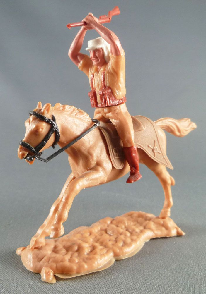 Timpo - Foreign Legion - Mounted clubbing with rifle light brown galloping (long) horse