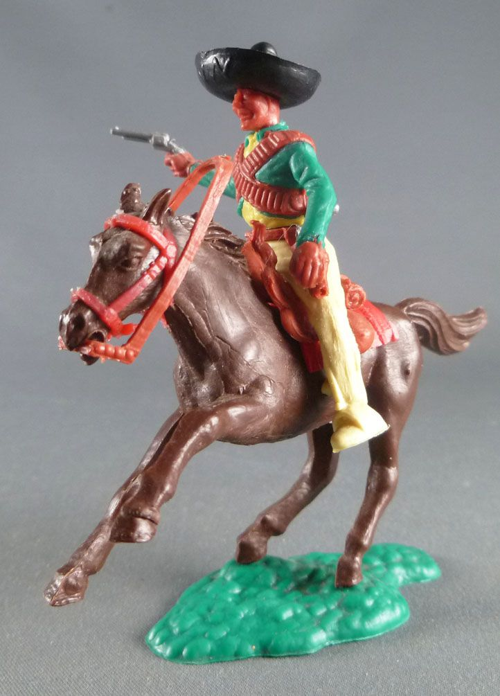 Timpo - Mexicans - Mounted (separate belt) right arm pointing green jacket (pistol) yellow legs black hat dark brown galloping (