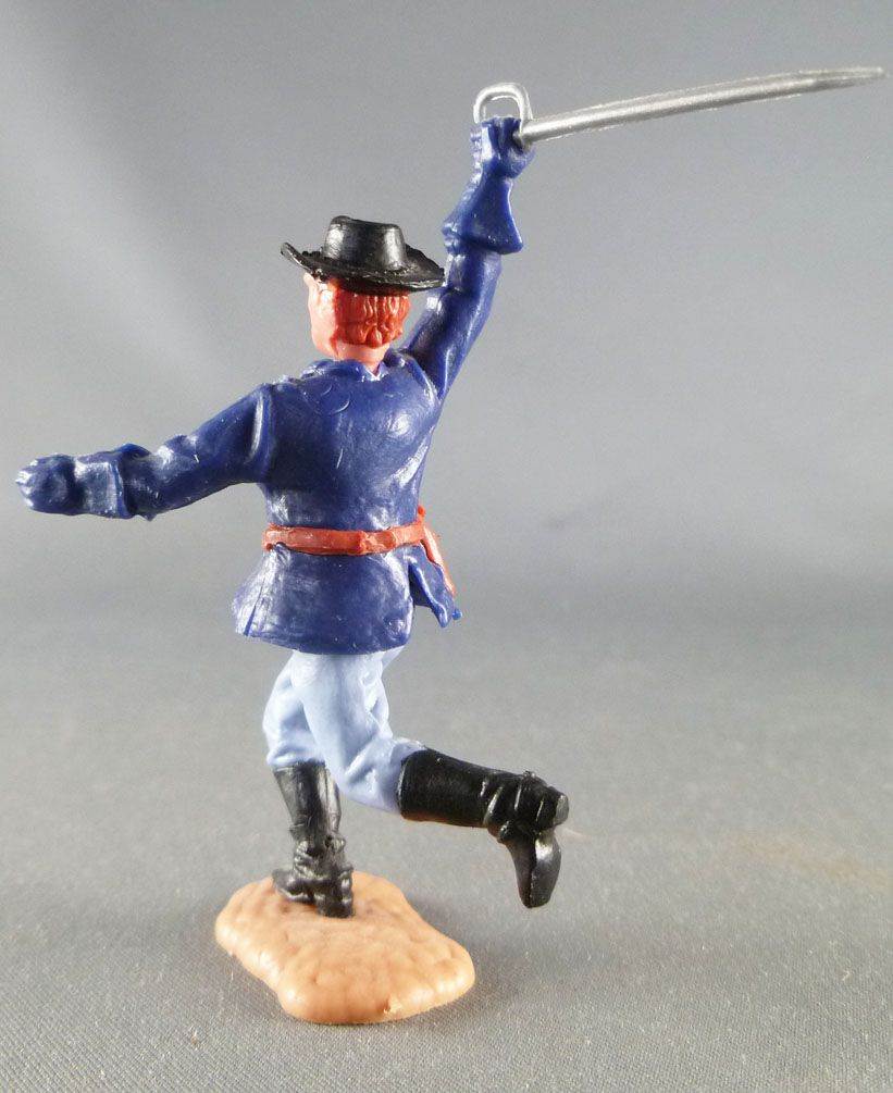 Timpo - Us cavalery (Federate) 2sd séries (1 piece head) - Footed officer right arm raised (sabre) (red hairs) running l