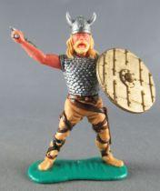 Timpo - Viking - Piéton Cote de maille combattant (blond) jambes écartées crèmes double hache bouclier doré