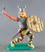 Timpo - Viking - Piéton Cote de maille combattant (jaune) jambes avançantes jaunes double hache bouclier doré