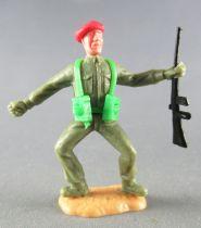 Timpo - WW2 - British (Airborne Red Beret) - 1st series - Throwing grenade (rifle) both legs bent apart