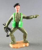 Timpo - WW2 - British (Armoured Black Beret) - 1st series - Pointing holdin Bren Gun both legs bent apart