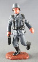 Timpo - WW2 - Germans - 2nd series (one piece head helmet) - Holding ammo box  standing runningt legs
