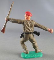 Timpo - WW2 - Kaki Soldiers with Red Beret - Grenade & rifle leaning to the left legs