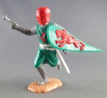Timpo Middle-Age Medieval Knights footed green and red helmet one arm outstrectched (mace) running legs