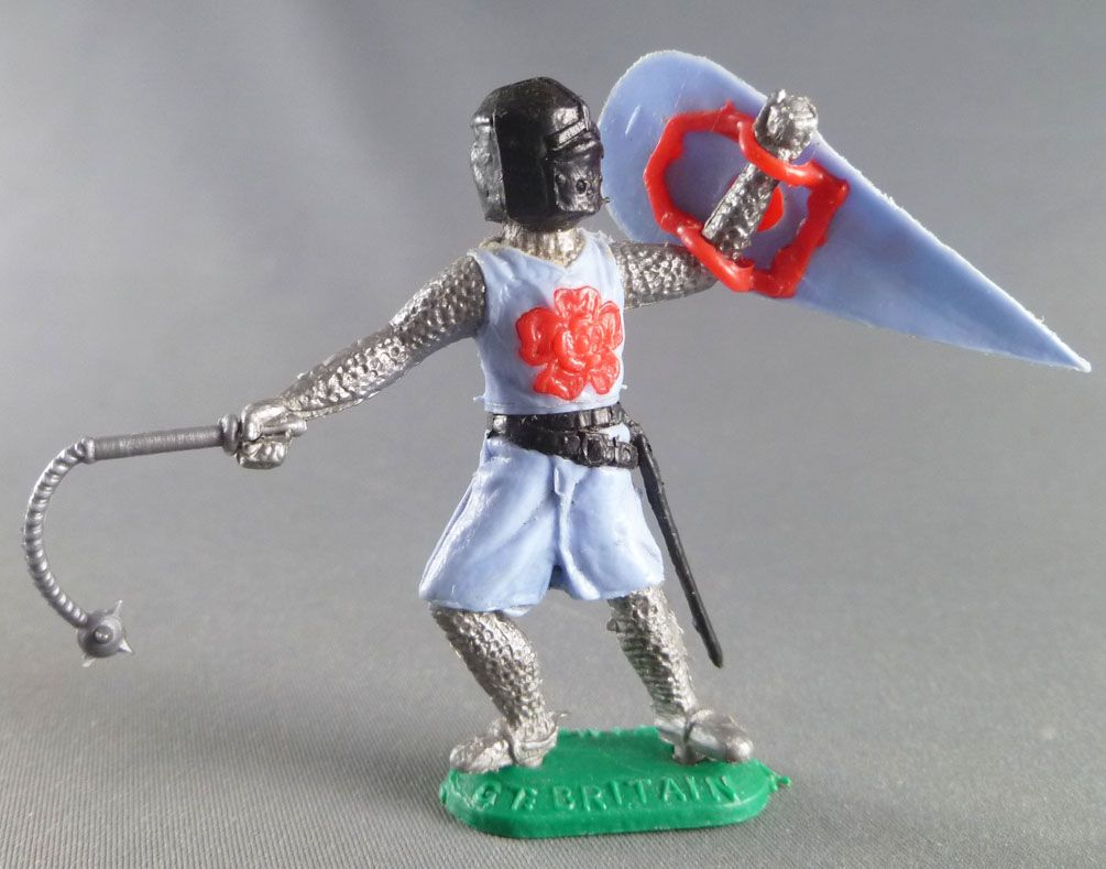 Timpo Middle-Age Medieval Knights footed light blue and dark helmet shield up (mace) advancing legs
