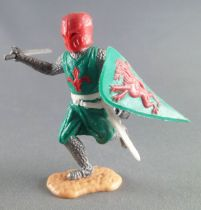 Timpo Middle-Age Medieval Knights gfooted green and red helmet one arm outstrectched (sword) running legs
