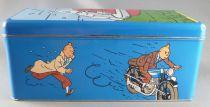 Tintin - Delacre Tin Cookie Box (Rectangular) - Snowwy hidden on a rear car bumper
