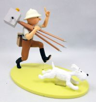 Tintin - Moulinsart Official Figure Collection - #HS4 Tintin filmmaker with Snowy in Congo