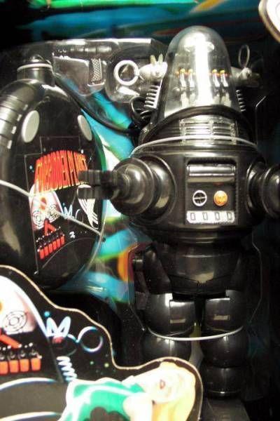 Trendmasters Forbidden planet Remote control Robby