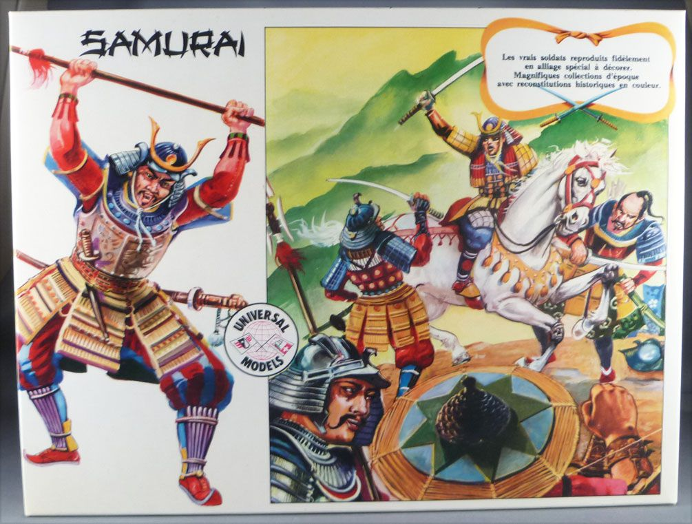 Universal Models 1006 - 35mm - Samourai - Mint Boxed Set 10 Figures with playground