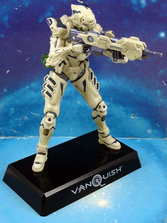 vanquish___sam___statuette_17cm__2_