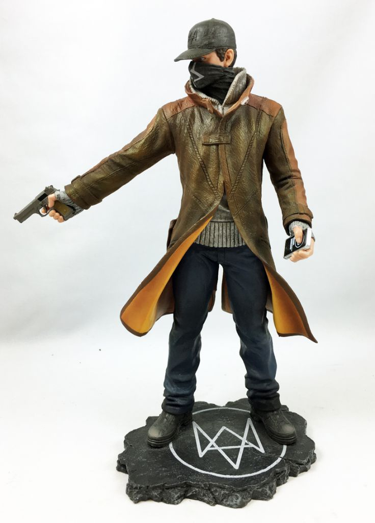 Watch Dogs - UBI Collectibles - Aiden Pearce (9inch PVC Statue). Loading  zoom