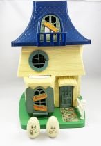 Weebles - Hasbro - Weebles Haunted House w/2 Weeble Ghosts (loose)