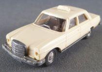 Wiking Ho 1/87 Mercedes 200 Taxi Crème