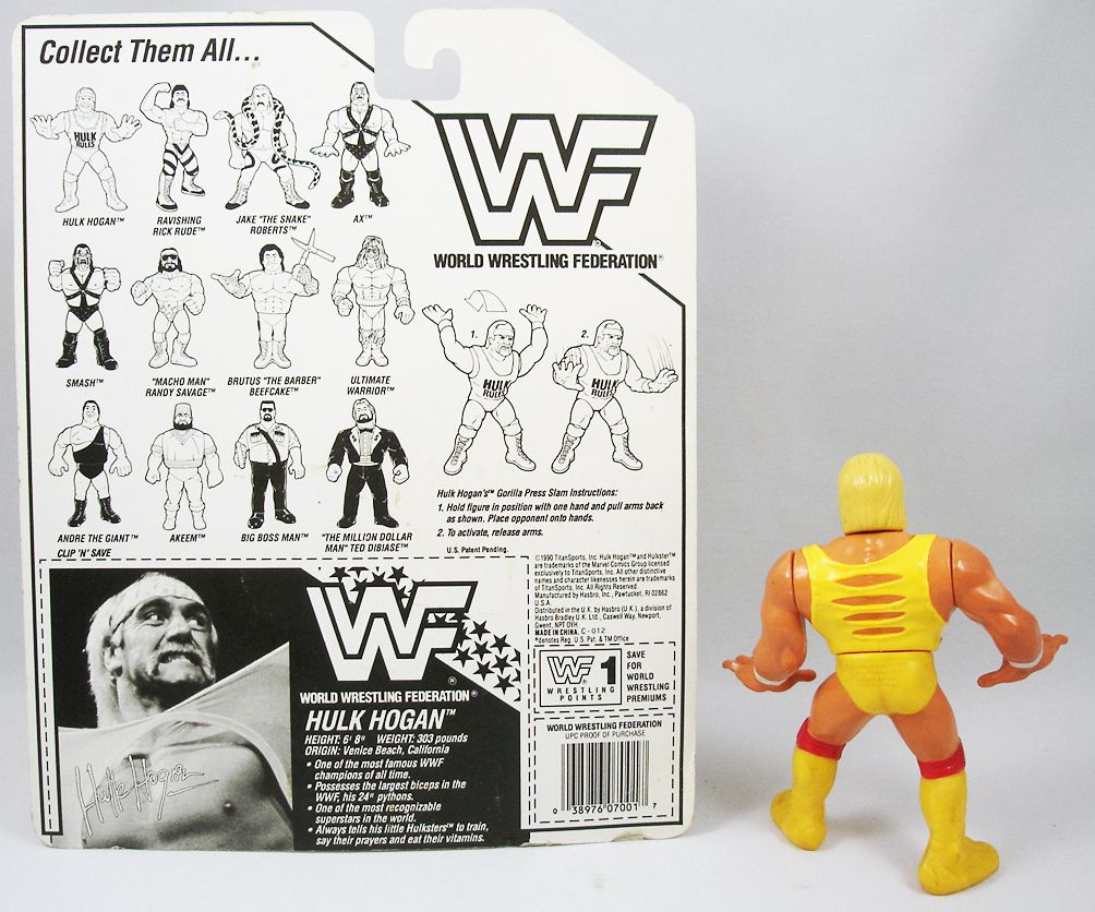 WWF Hasbro - Hulk Hogan v.1 (loose with USA cardback)