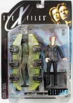X-Files - McFarlane Toys - Agent Dana Scully with Cryopod Chamber