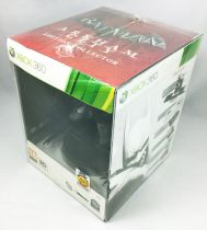 XBox 360 - Batman Arkham City Collector\'s Edition w/Batman Statue (Kotobukiya)