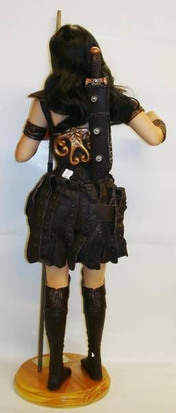 Xena Warrior Princess - 24\'\' Collector Doll by George Harlan